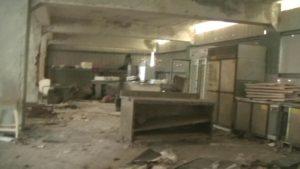 台湾にある造船所廃墟の小部屋