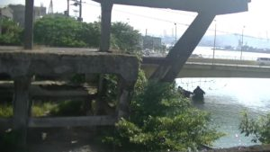 台湾にある造船所廃墟の2階端